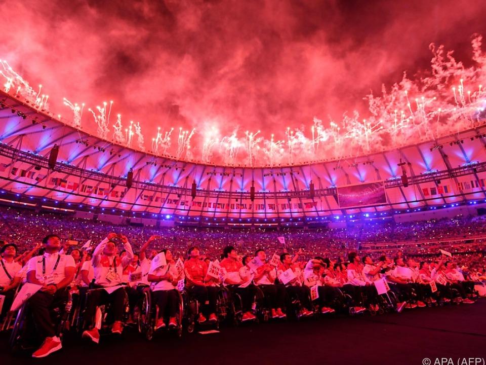 Eindrucksvolle Abschlusszeremonie im Maracana-Stadion