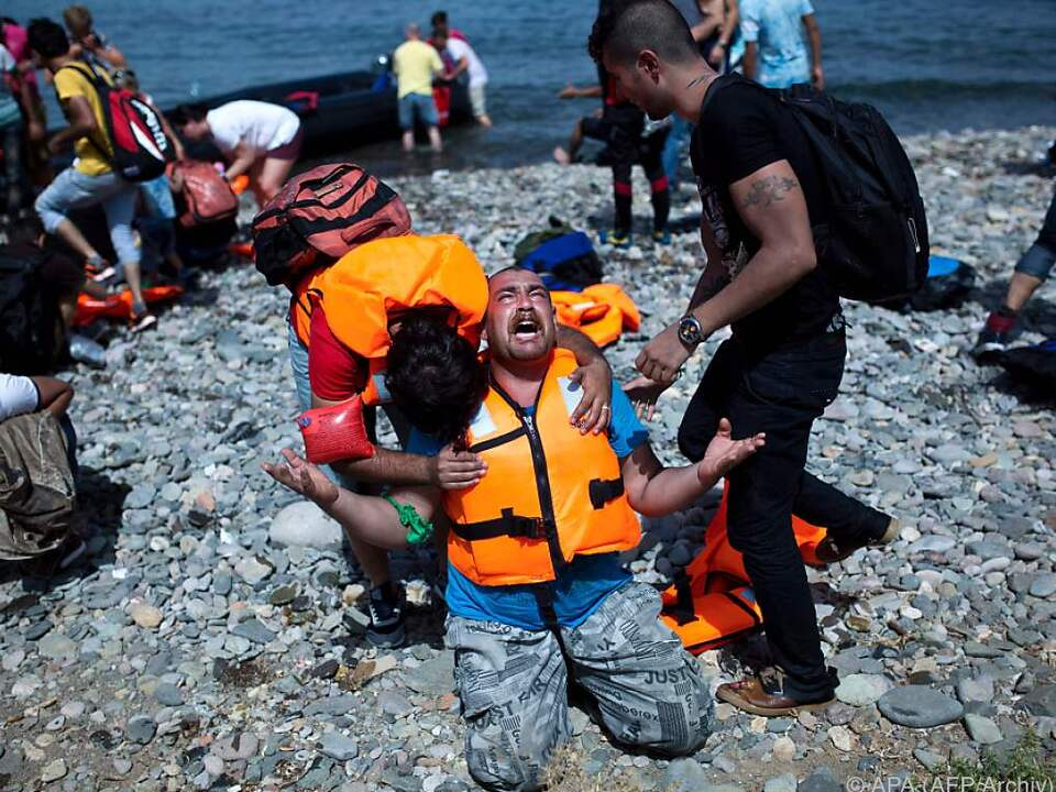 Flüchtlingslager sind überfüllt