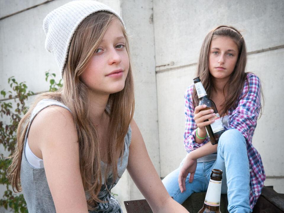 Alkoholmissbrauch Jugend Probleme