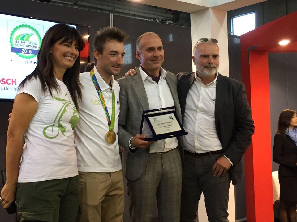 """""""Italian Green Road Award"""" für die Brennerradroute Brenner-Bozen"""