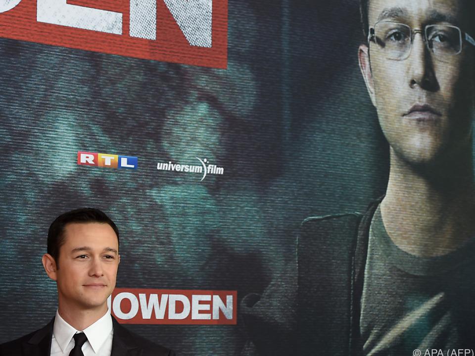 Joseph Gordon-Levitt mimt Snowden