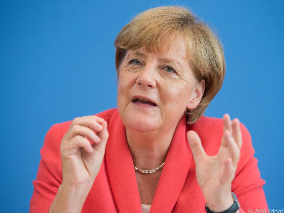 Merkel verteidigt ihre Politik