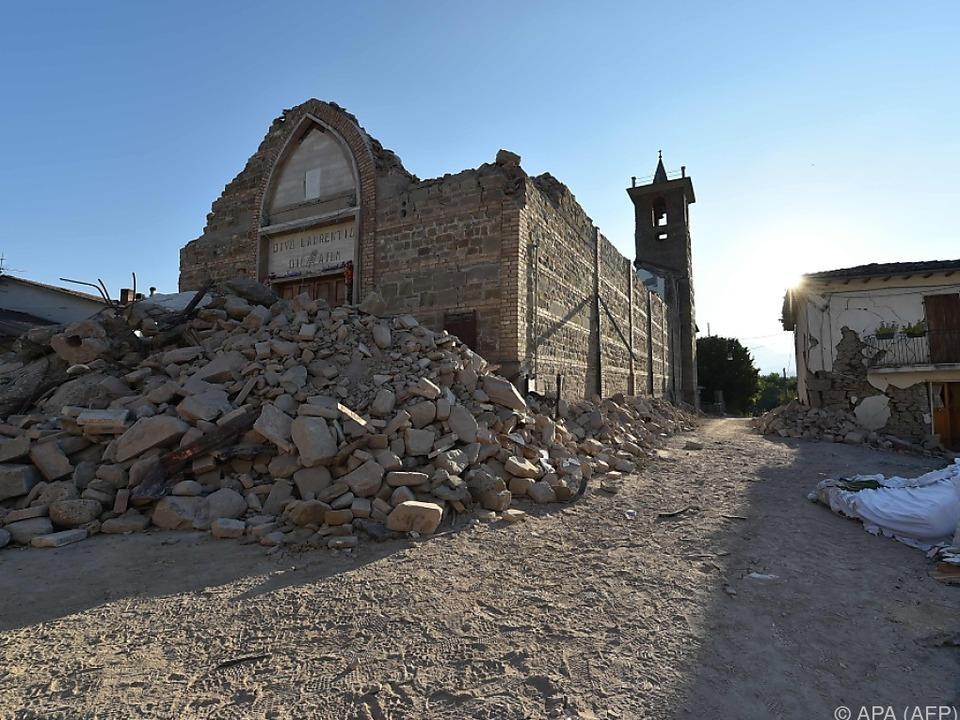 Plan zum Wiederaufbau nach Erdbeben in Mittelitalien präsentiert