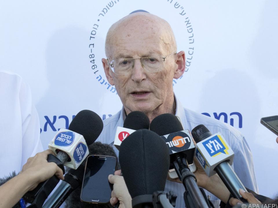 Raphy Walden ist Peres\' Arzt und Schwiegersohn