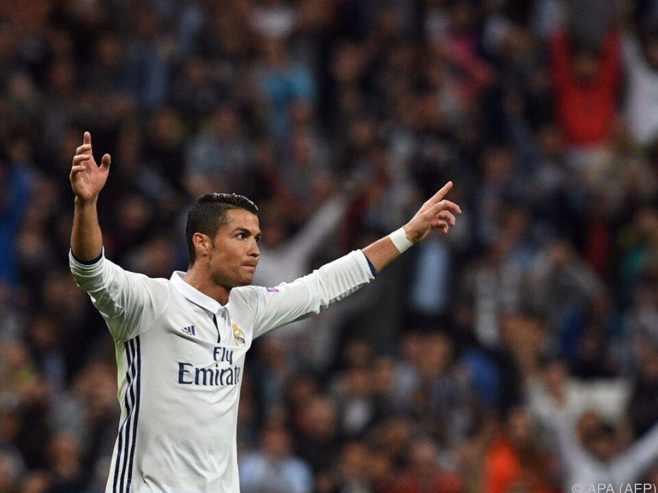 Ronaldo erzielte ein prachtvolles Freistoßtor