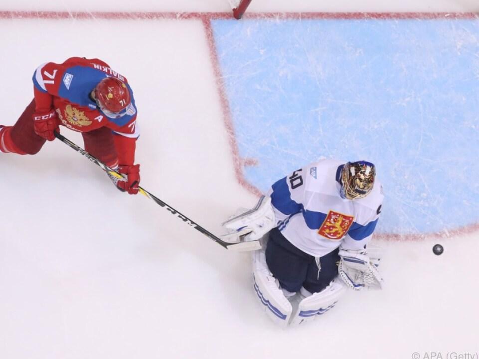 Russen kämpfen Finnland 3:0 nieder