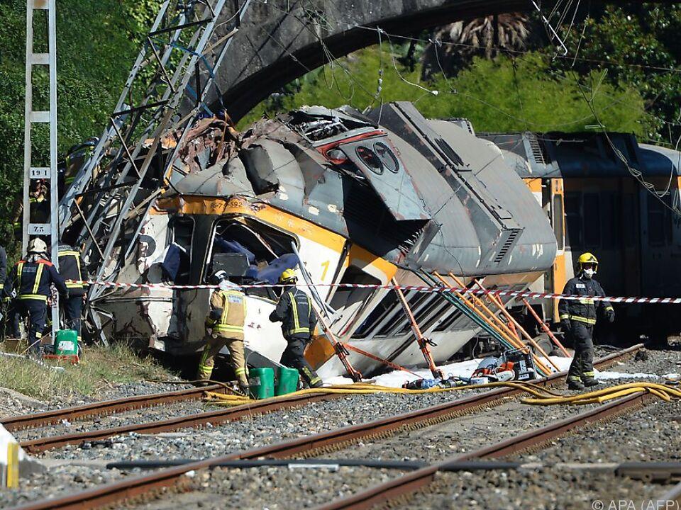 Schweres Zugsunglück in Spanien