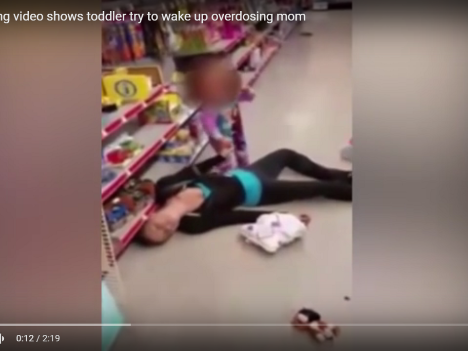 Heartbreaking video shows toddler try to wake up overdosing mom