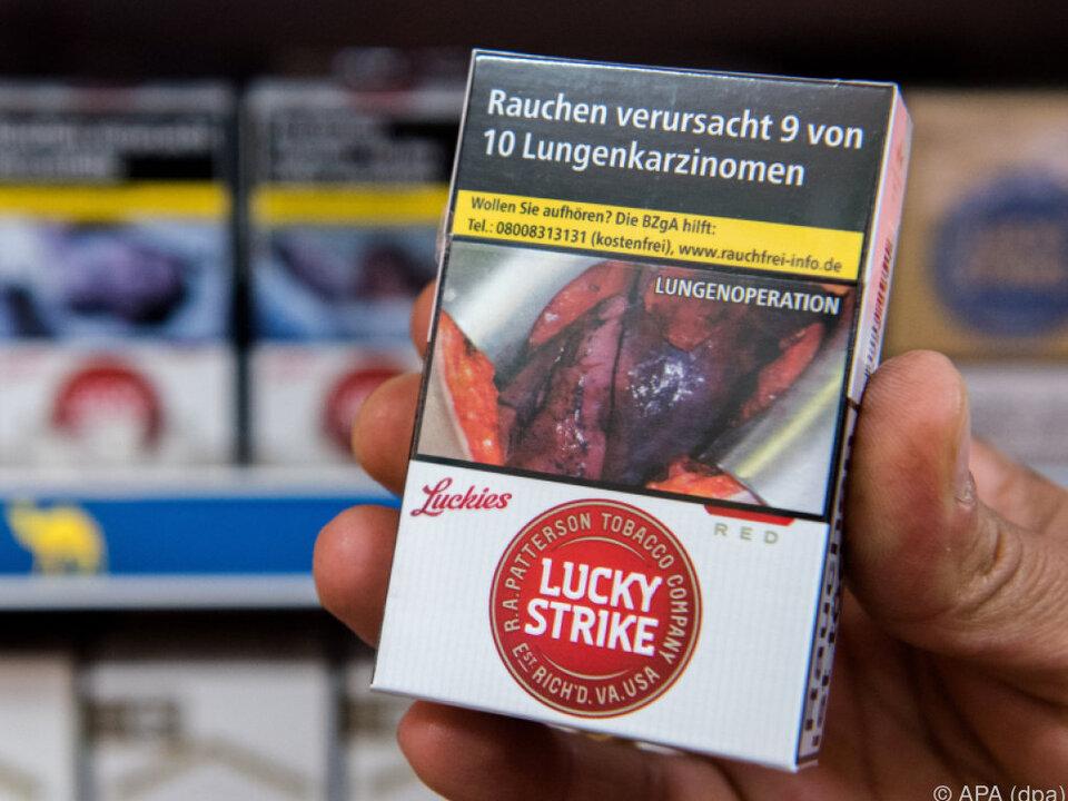 Seit Mai warnen Schockbilder vor Folgen des Rauchens