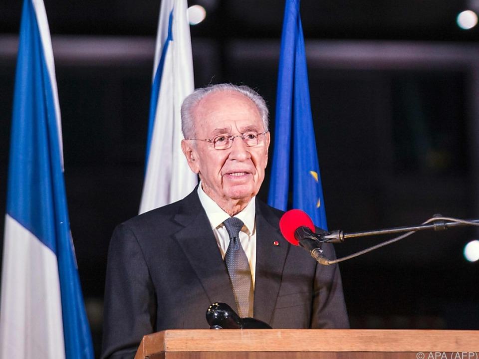 Shimon Peres im Krankenhaus