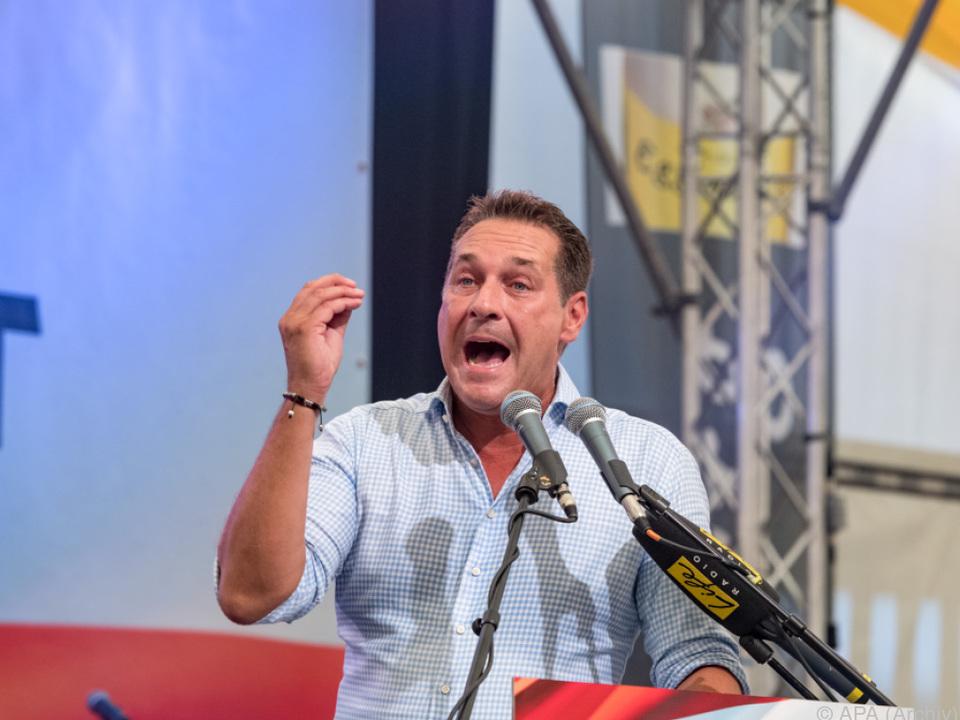 Strache will den Hardlinern angehören