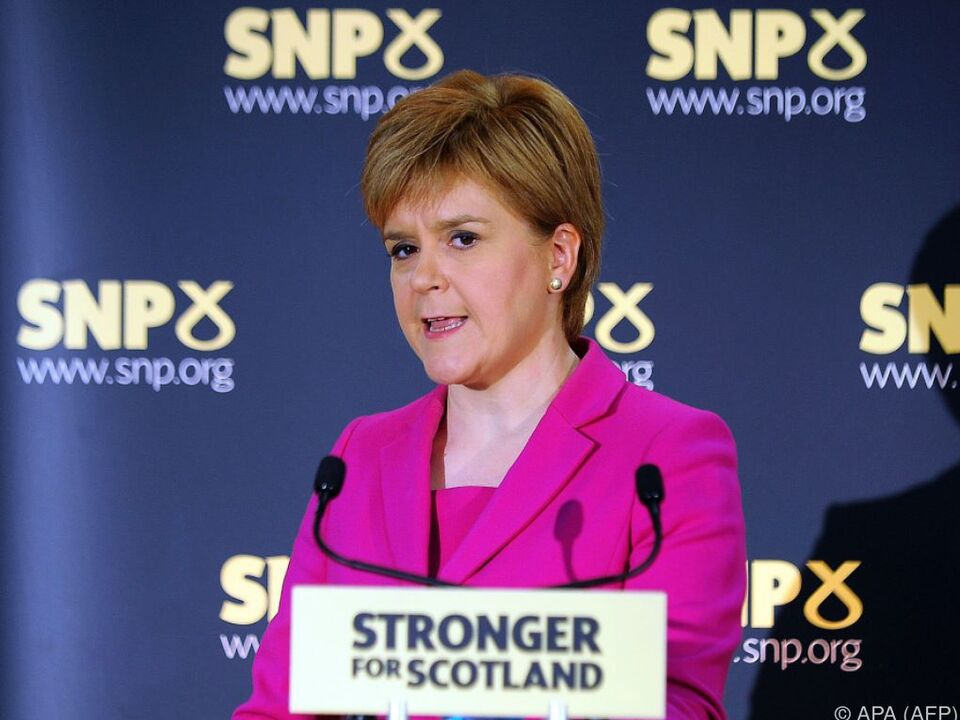 Sturgeon will Schottland von Großbritannien loseisen