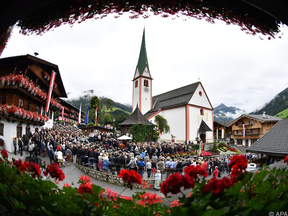 Zahlreiche Forumsteilnehmer kamen nach Alpbach