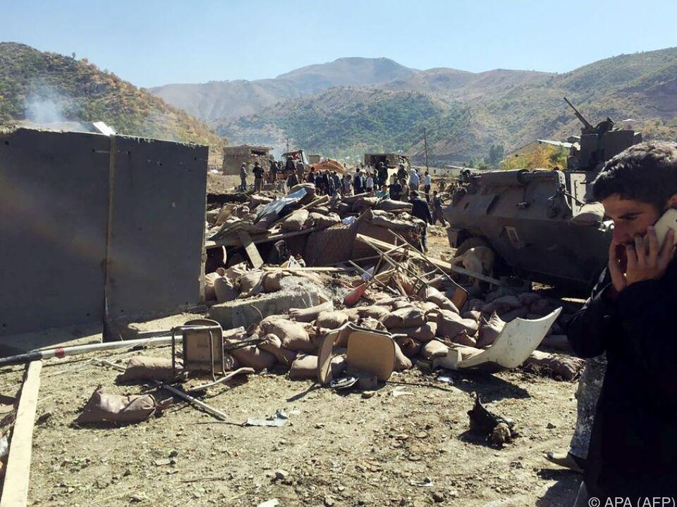 Anschlag in der Nähe eines militärischen Kontrollpostens