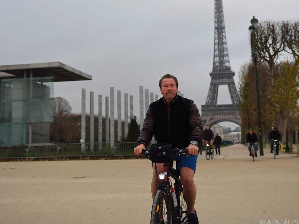 Arnie fährt offenbar gerne mit dem Rad