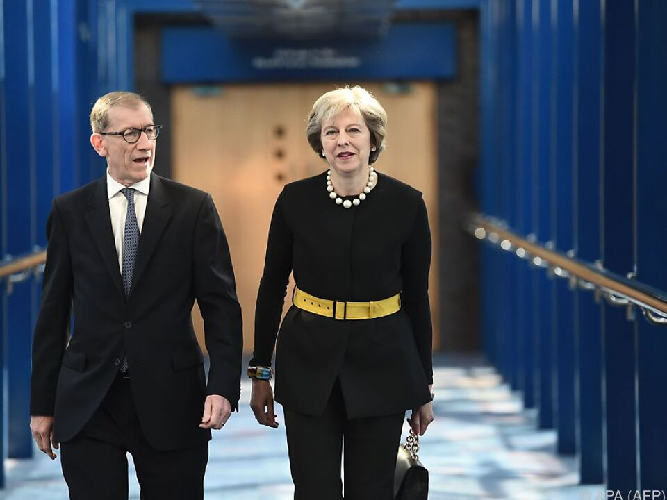Brexit dominiert vertägigen Parteitag