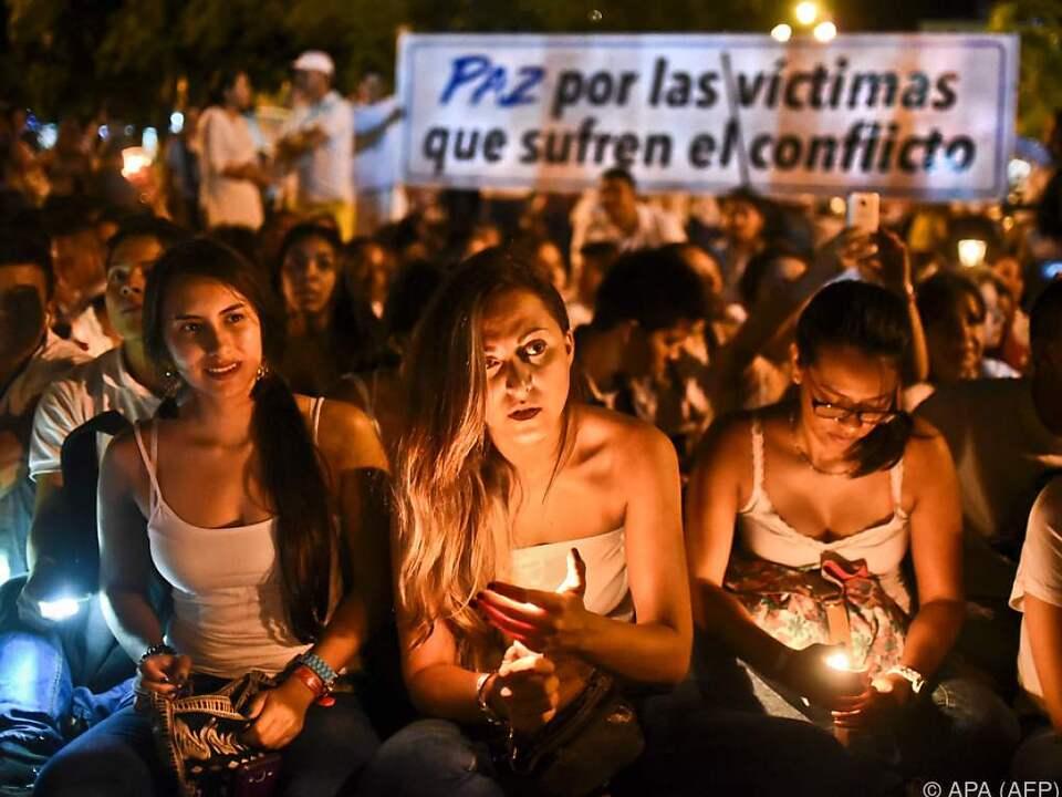Demonstranten gingen für den Frieden auf die Straße