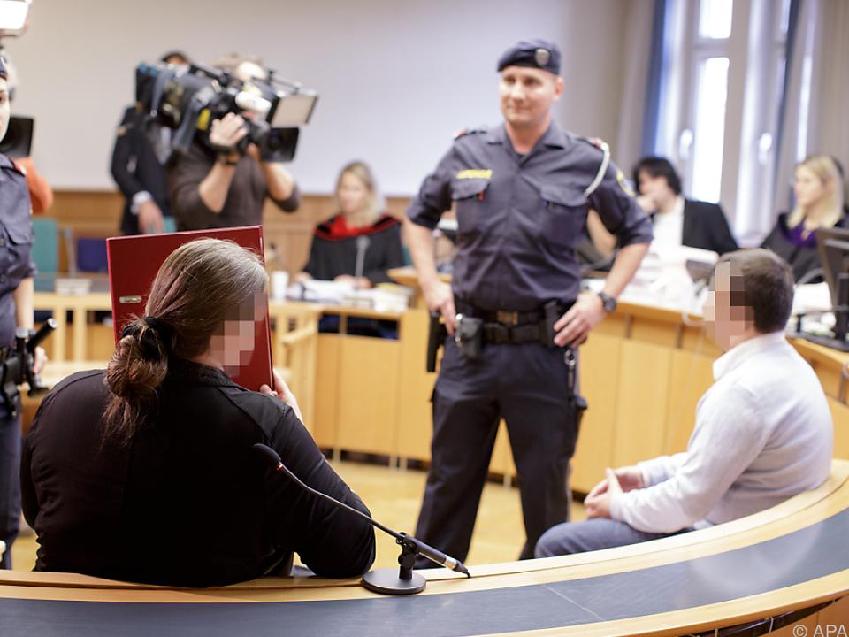 Die beiden Angeklagten im Wiener Landesgericht