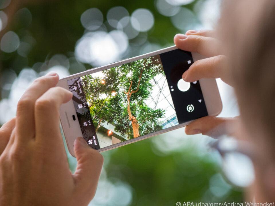 Die 12 Megapixel-Kamera bringt viele Einstellungsmöglichkeiten mit