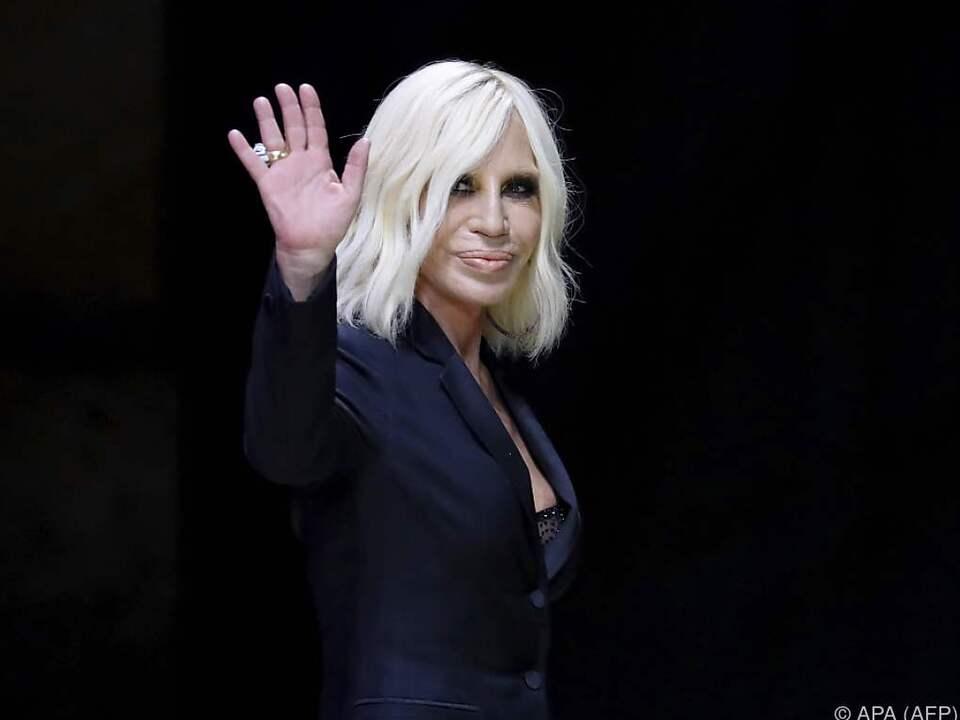 Donatella Versace hat eine harte Zeit hinter sich
