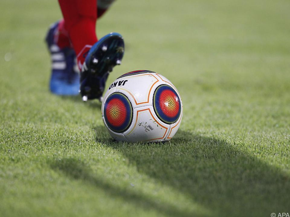 Erzieherische Maßnahme für Fußball-Profis bei Sparta Prag