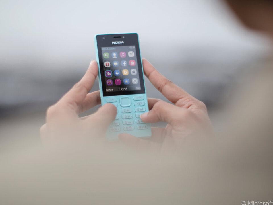 Featurephones positionieren sich zwischen Dumbphones und Smartphones