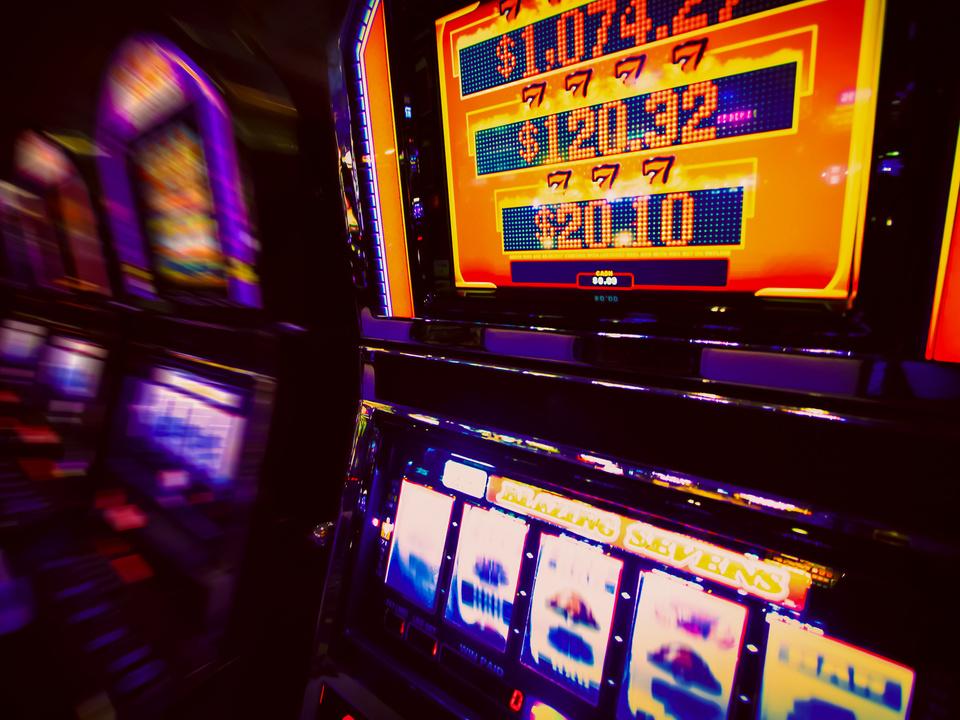 Spielautomat im Casino spielsucht