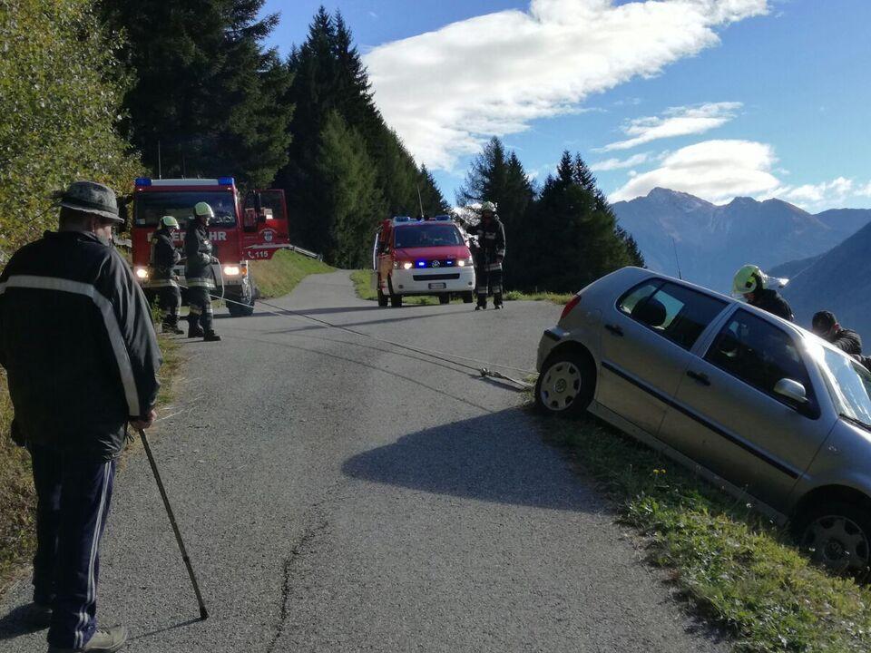 Bergung Pkw Freiwillige Feuerwehr Mühlwald