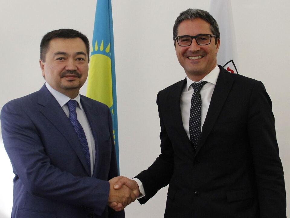 Kompatscher kazak