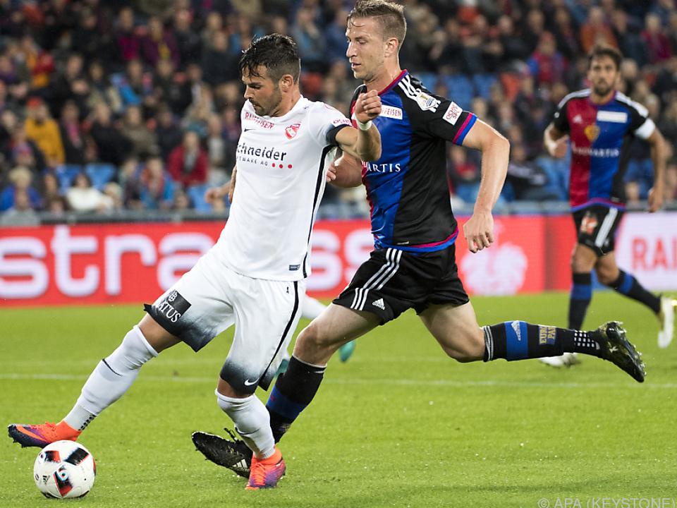 Marc Janko bei Basel wieder auf dem Feld