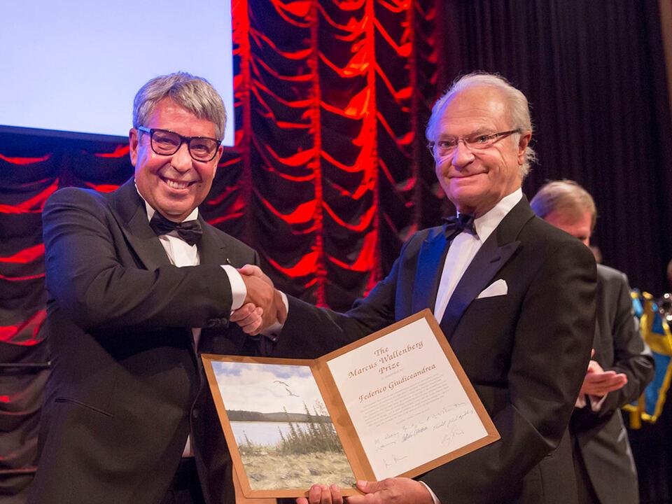 Marcus-Wallenberg-Prize10.10.2016-v.l.Federico-Giudiceandrea.King-Carl-XVI-Gustaf-of-Sweden