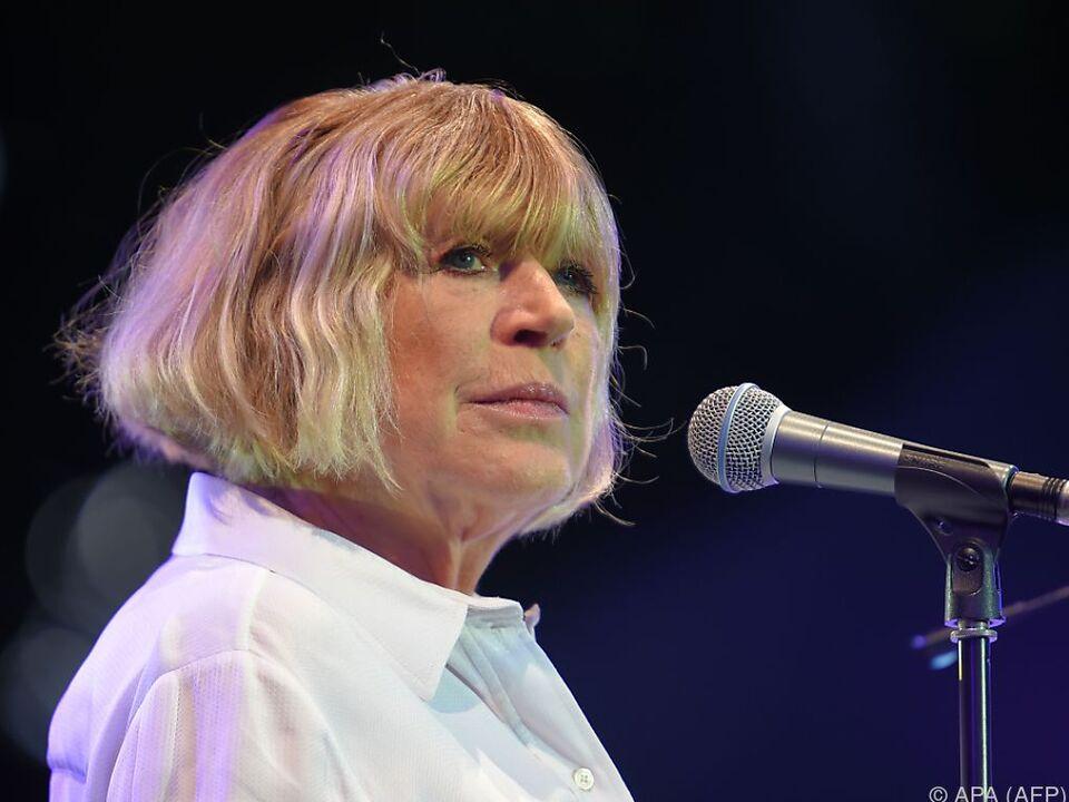 Marianne Faithfull will ein Zeichen gegen die Angst setzen
