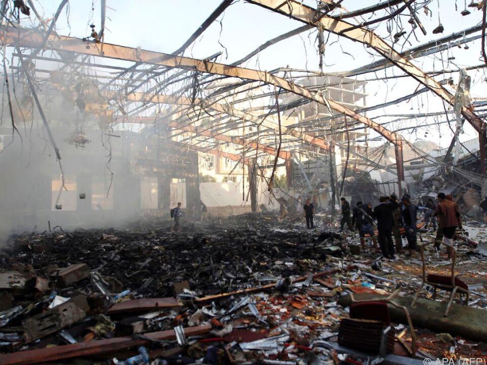 Mehr als 140 Menschen starben bei dem Angriff