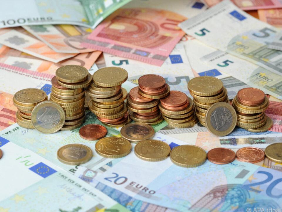 Nur vier von Zehn Bankkunden vertrauen ihrer Hausbank