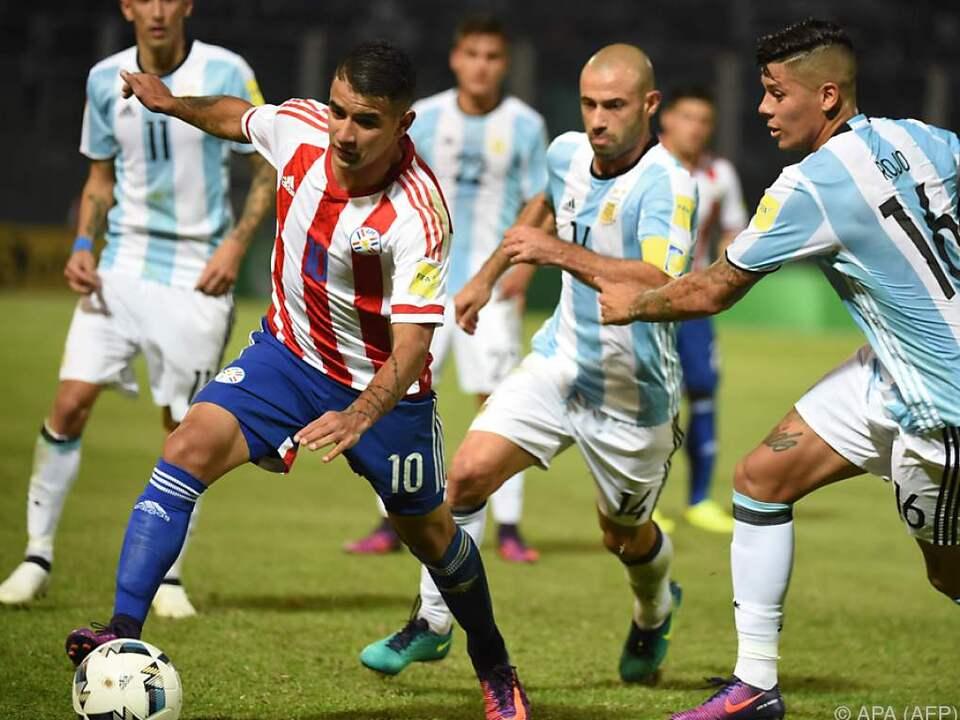 Paraguay setzte sich knapp mit 1:0 durch
