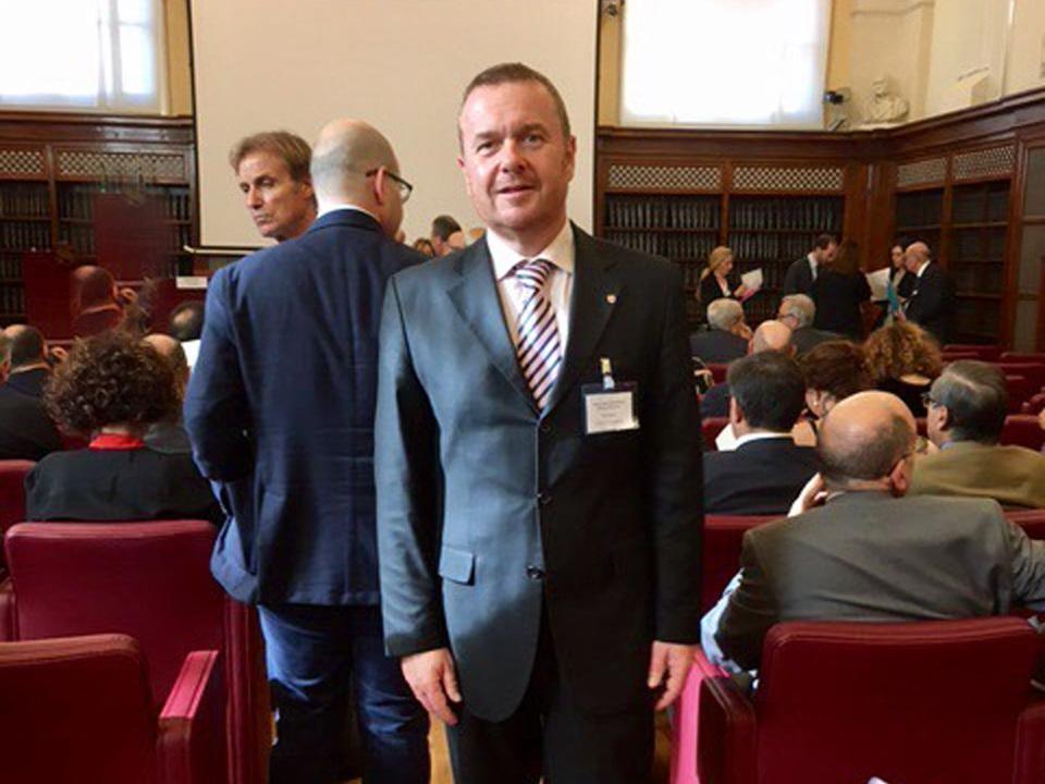 Pöder Staat-Regionenkonferenz
