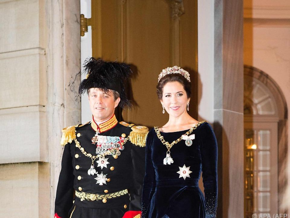Prinz Frederik springt auch noch mit 48 herum