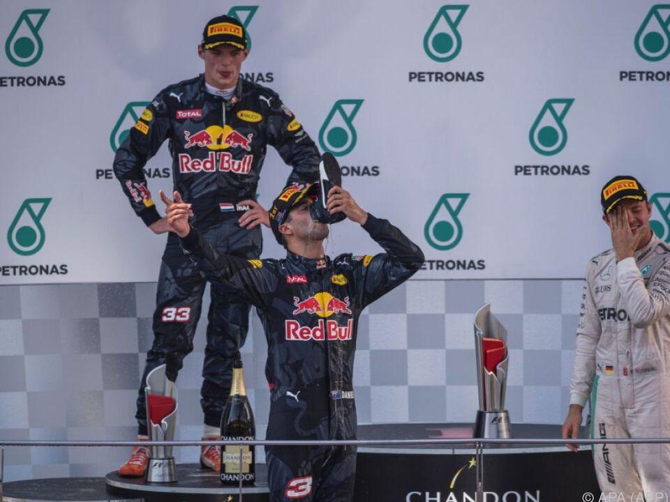 Ricciardo trank den Siegesschampus aus seinem Rennschuh
