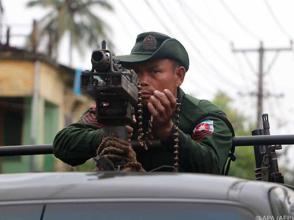 Schwere Unruhen in Myanmar