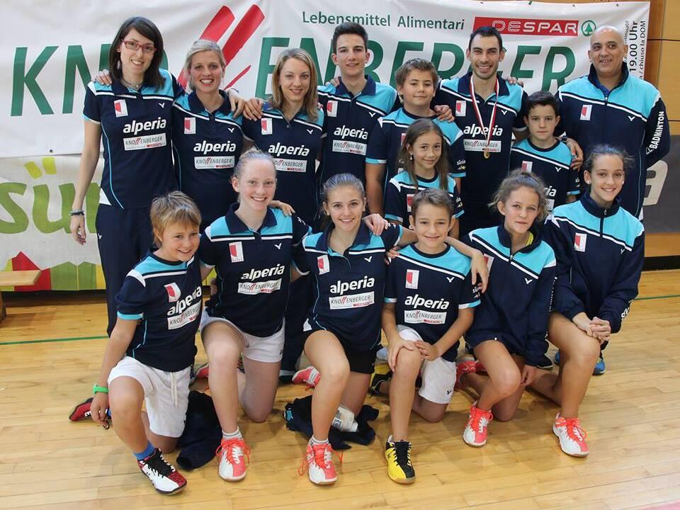 ssvbozen Die Mannschaft des SSV Bozen Badminton. Foto: David Gruber