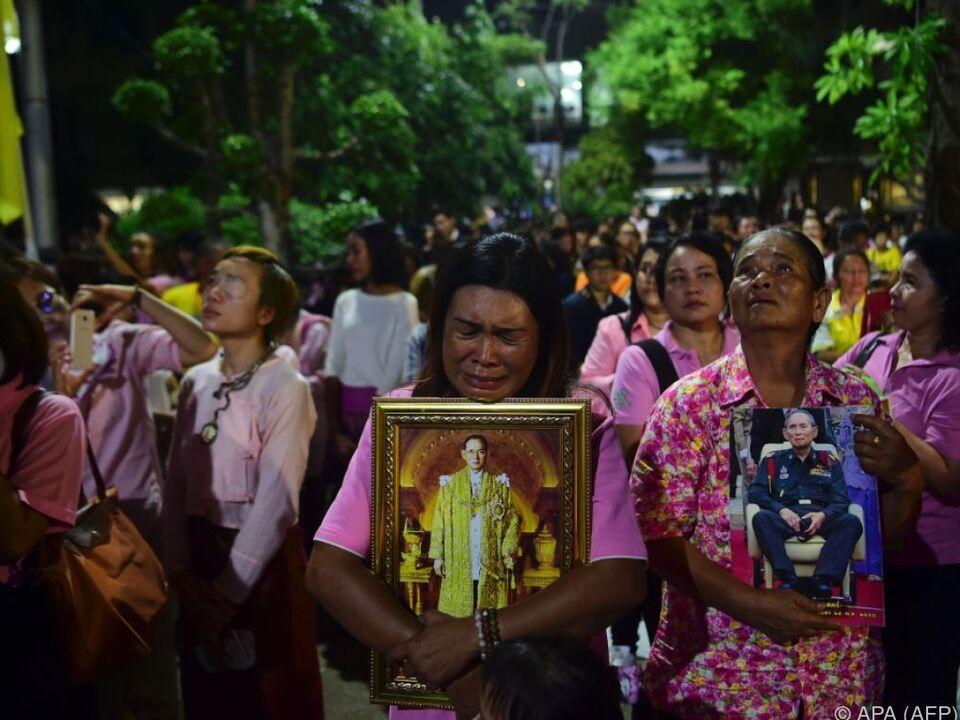 Thailand trägt Trauer