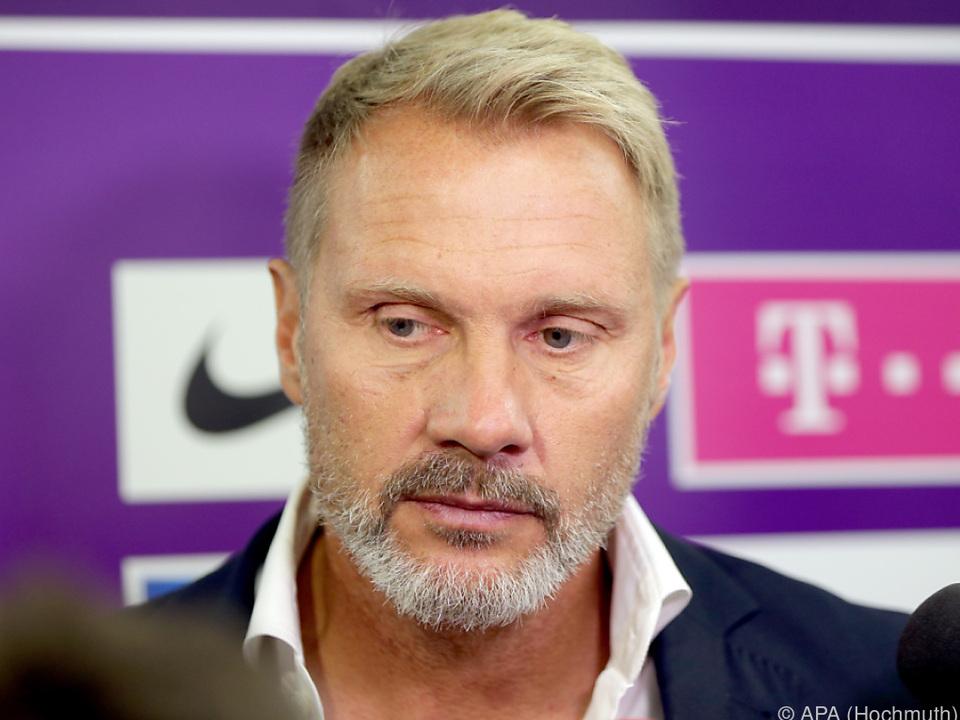 Trainer Fink: \