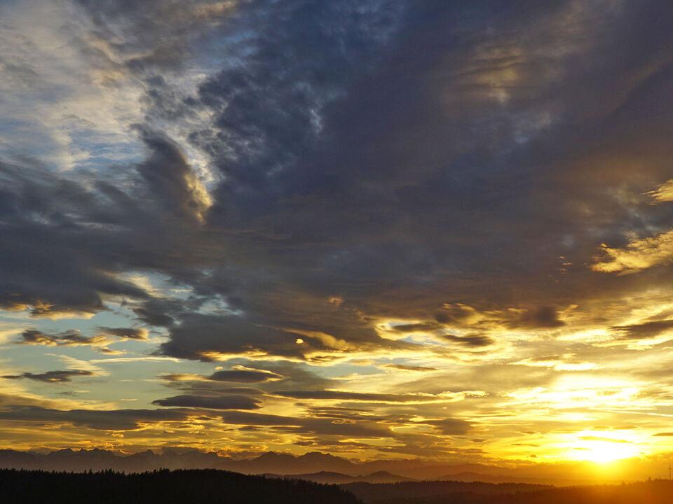Abendsonne berg dämmerung wolken wetter herbst