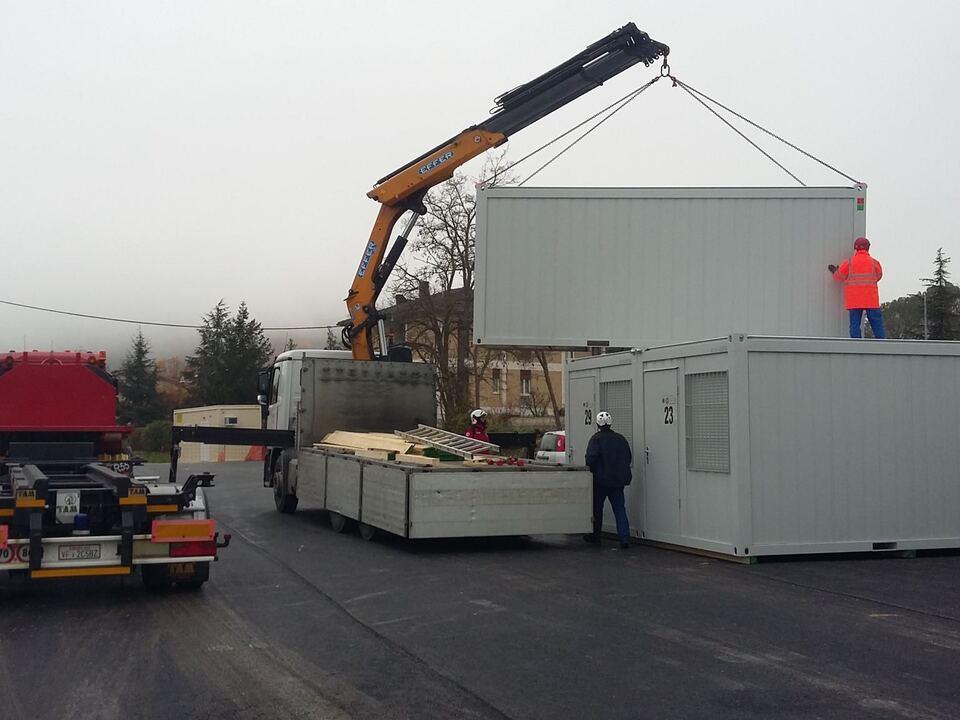 container 890756_Erdbebenhilfe2