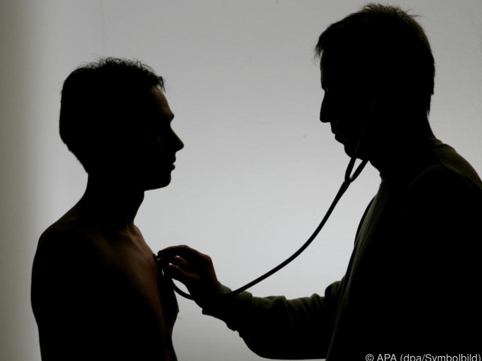 arzt Ambulanz für viele erste Anlaufstelle arzt doktor krankenhaus