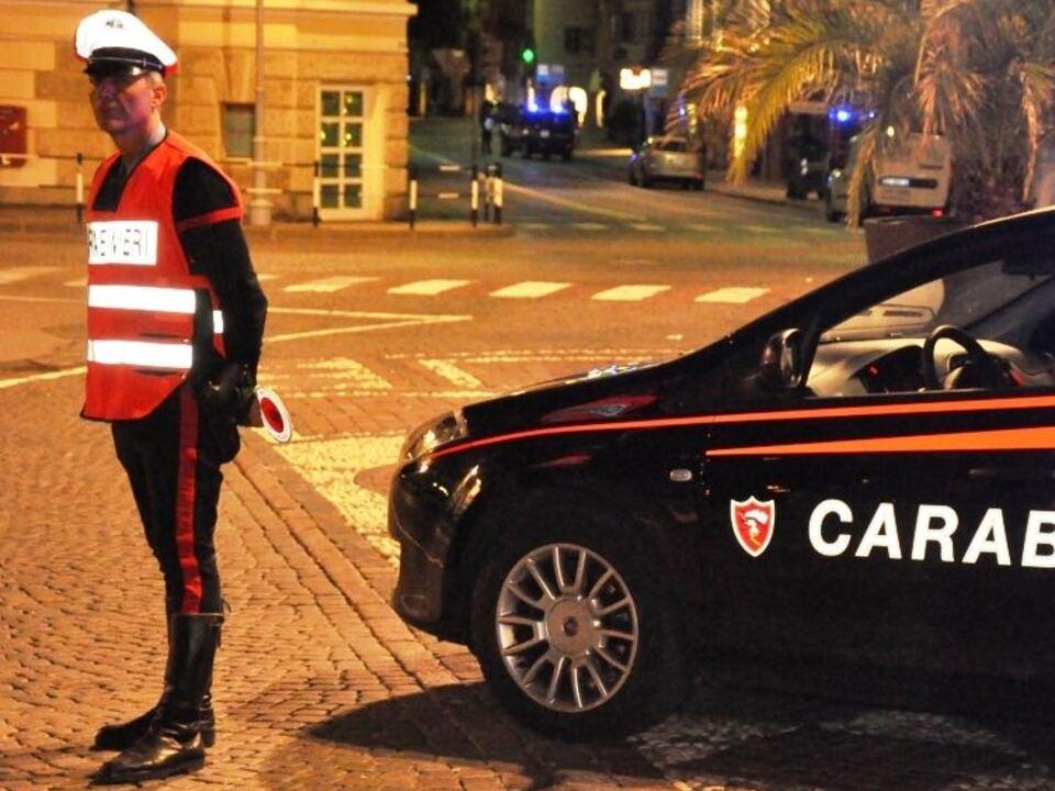 Carabinieri Kontrolle Nacht