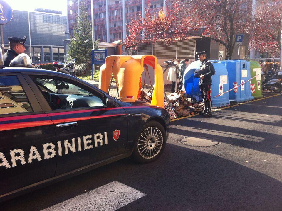 Carabinieri Bozen Müllcontainer