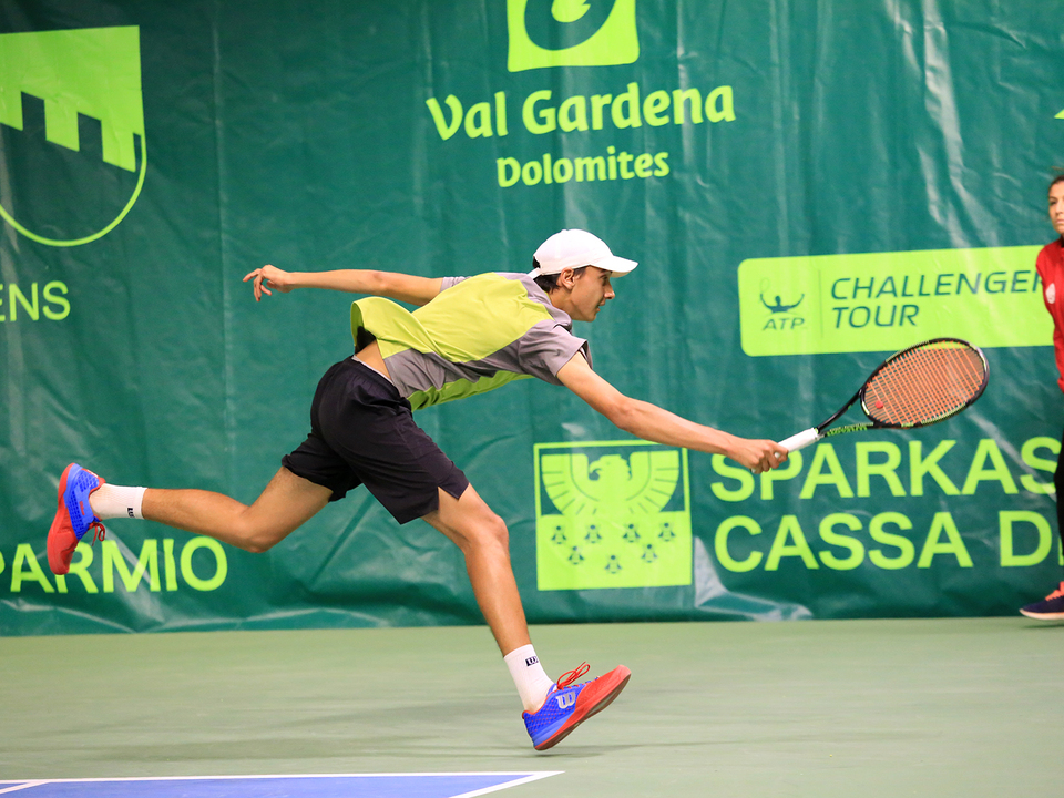 ATP Challenger Val Gardena Südtirol und ein Photo von Lorenzo Sonego (Photograph Marco Wanker)