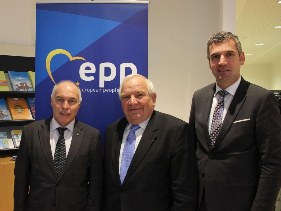Panizza, Daul, Dorfmann