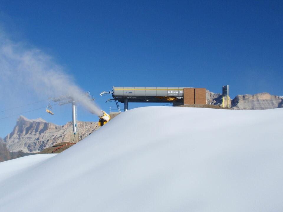 seilbahn schneekanone ski winter